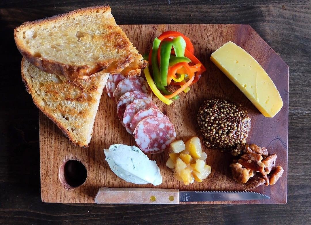 Charcuterie board at Tabula Rasa Bar